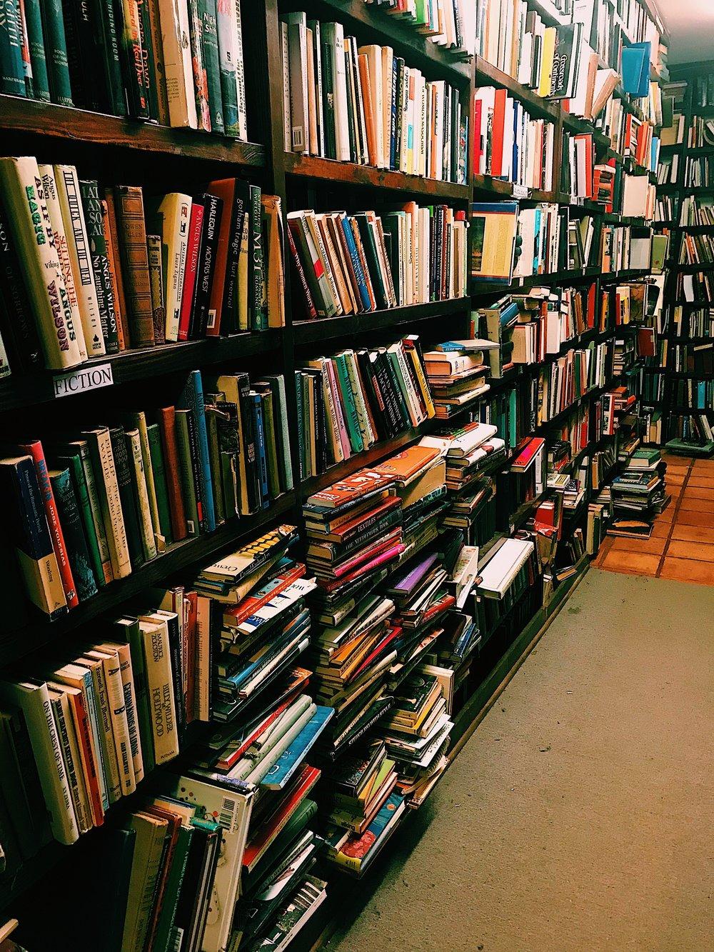 Three Heel Clicks - Houston Hotspots - Becker's Books (1).jpg
