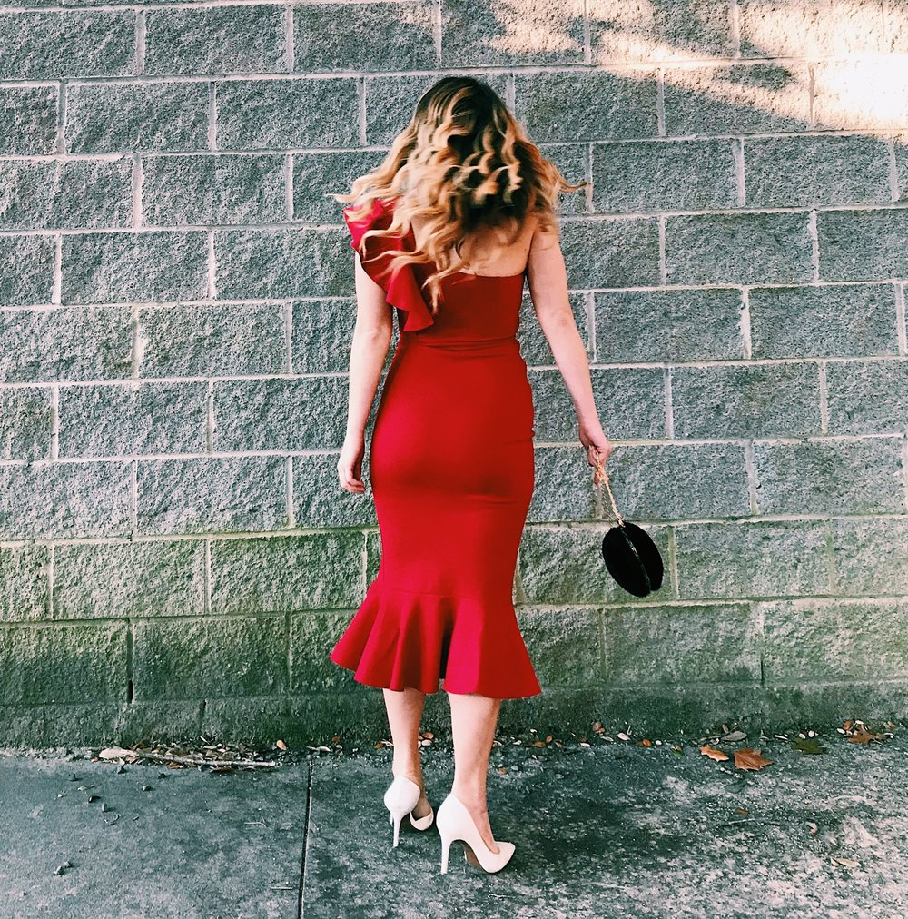 Three Heel Clicks - How to Go All Out Glam for Valentine's Day (5).jpg