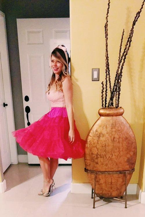 Three Heel Clicks - 5 on Fridays - Five Ways to Wear Hot Pink (9).jpg