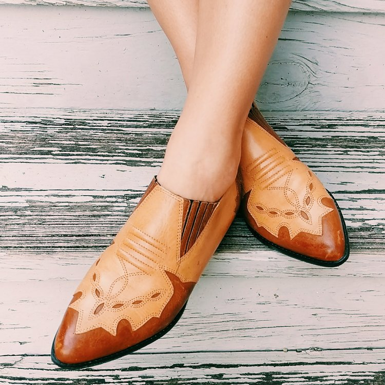 Three Heel Clicks - 5 on Fridays - Five Western Outfits Perfect for the Rodeo (4).jpg