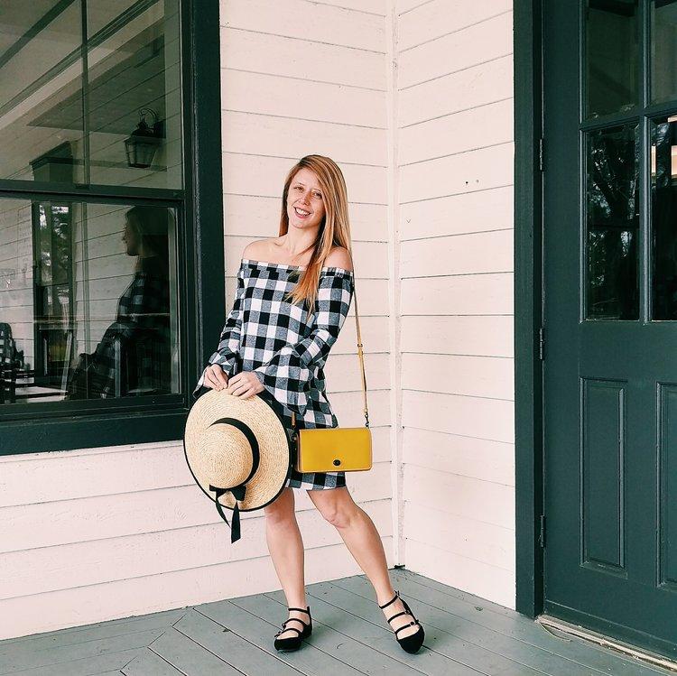 Three Heel Clicks - Five Ways to Wear a Spring Garden Hat (2).jpg