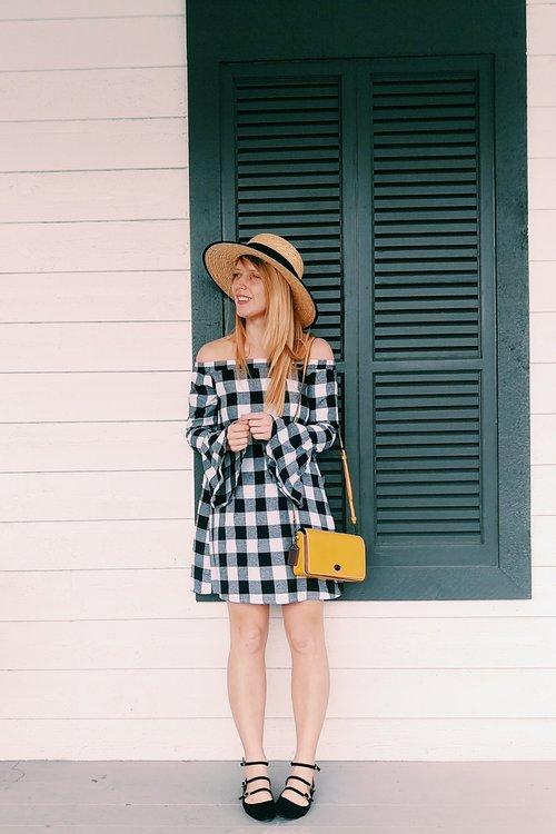 Three Heel Clicks - Five Ways to Wear a Spring Garden Hat (7).jpg