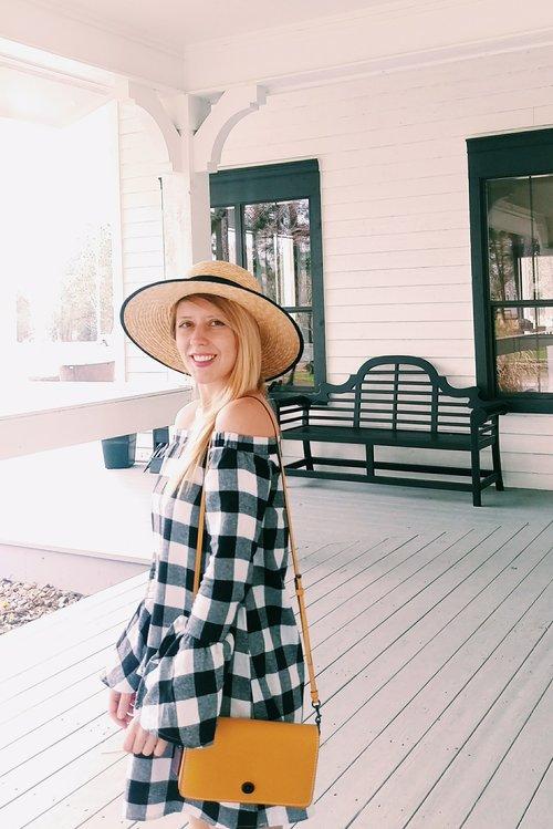 Three Heel Clicks - Five Ways to Wear a Spring Garden Hat (8).jpg