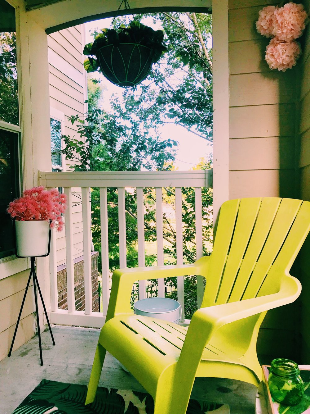 Three Heel Clicks - How to Decorate a Small Patio (12).jpg