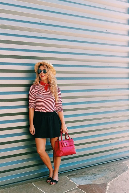 5 on Fridays - Five Outfits with Stripes (17).jpg