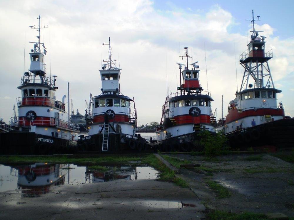 4 boats.jpg