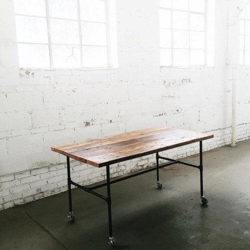 tablecaster1.jpg