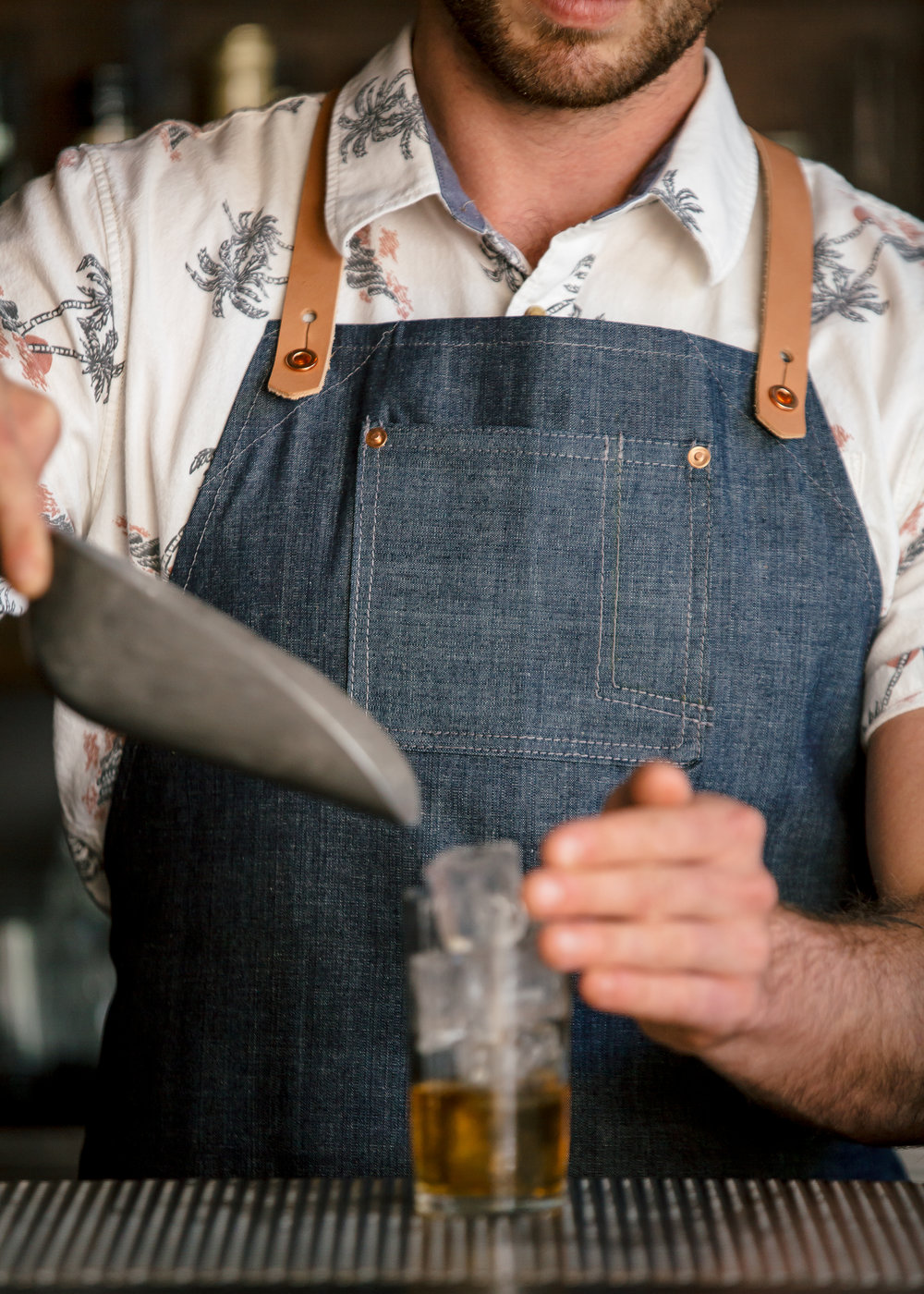 Stag Lee Apron // Chambray -