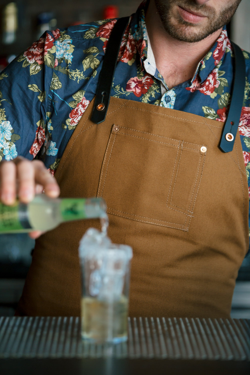 Stag Lee Apron // Brown -