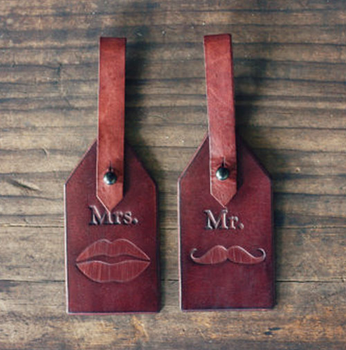 wedding-roundup-luggage-tag.jpg