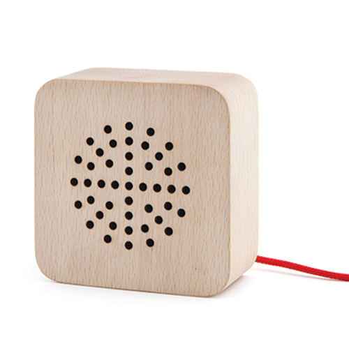birthday-gift-roundup-wooden-speaker.jpg