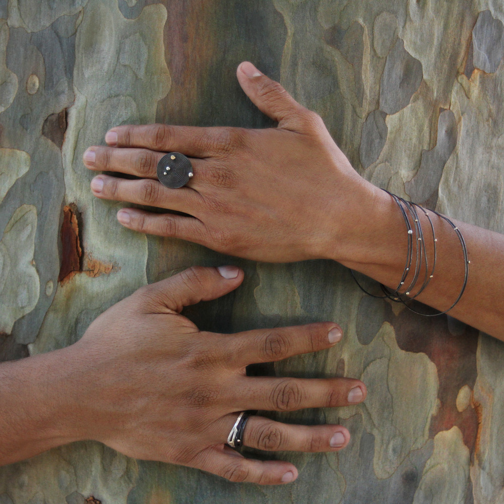arietta rings and bracelets + pianeta nero ring