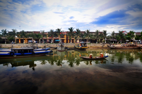 Halfway between a life-sized investigation, an original walking city-tour and a treasure hunt, Urban Tales Hoi An invites you to explore and save the city!