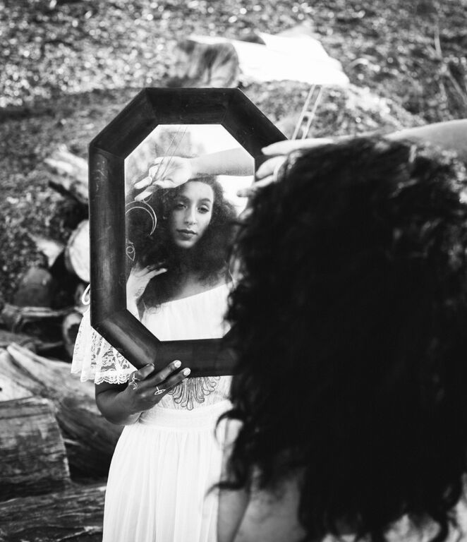 Photo: Michelle Terris  Styled by: Bridal Marche  Jewelry by: Holly Bobisuthi
