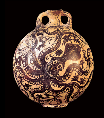 minoan octopus flask.jpg