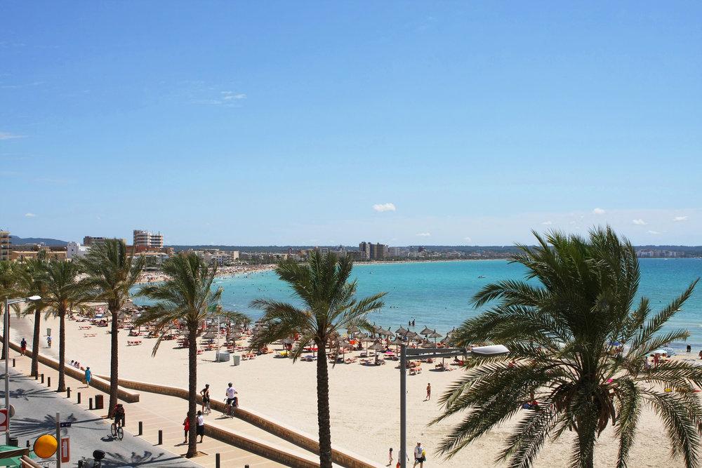 Kan Pastilla beach