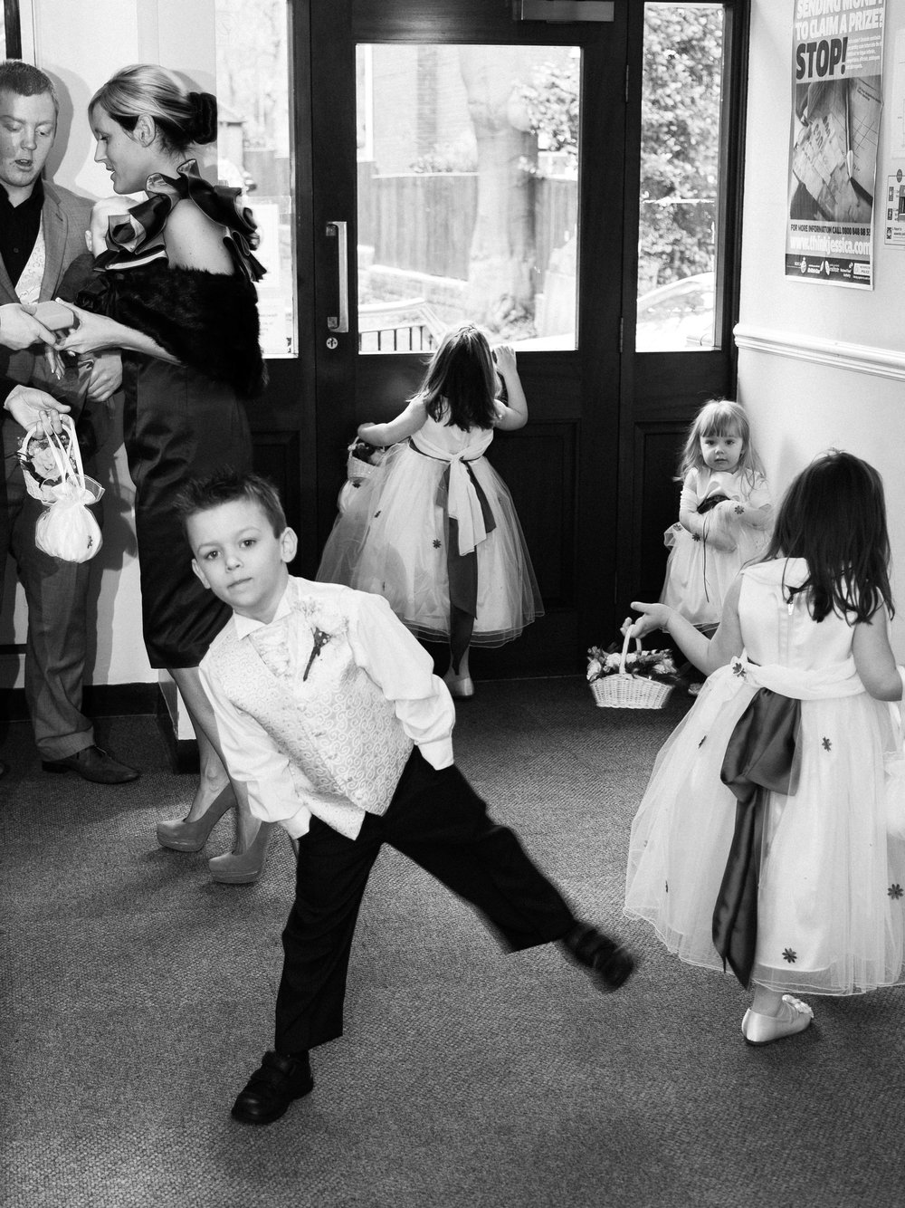 Children waiting for the bride