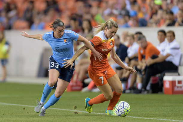 Erin Simon currently plays for Sky blue fc in the nwsl, With her degree in Health and exercise science Erin is a perfect addition to the evolve team!