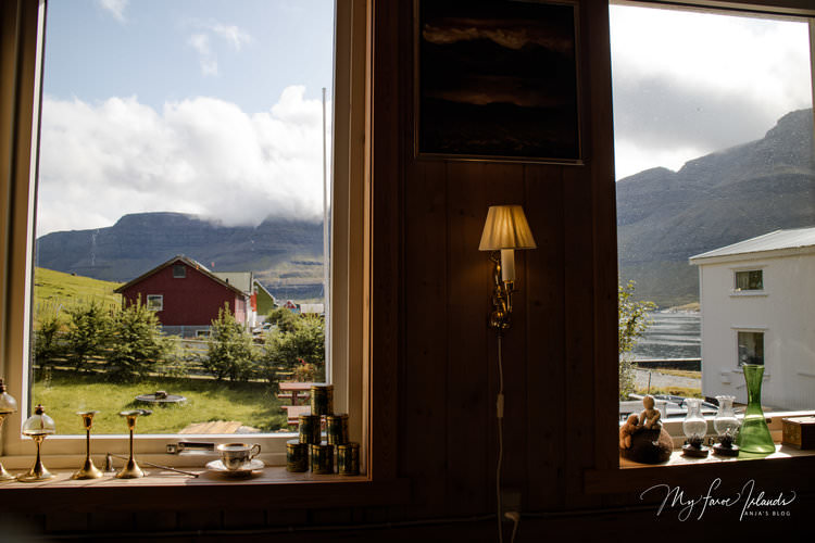 Cafe+Old+School+Window+View+©+My+Faroe+Islands,+Anja+Mazuhn+.jpg