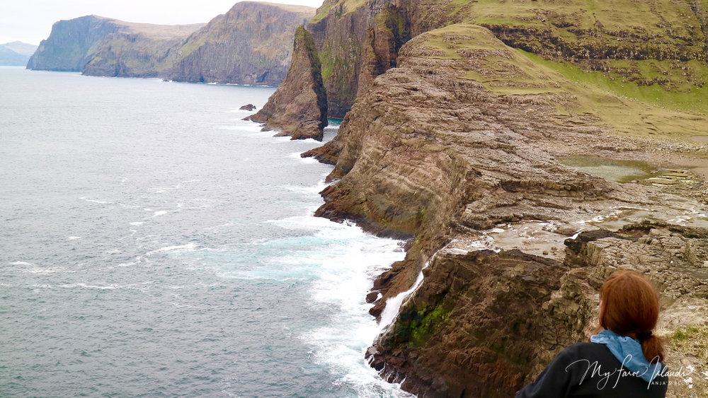myfaroeislands-cliff.jpg