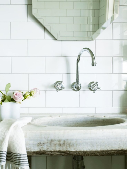 Love the rustic beauty of this bathroom vignette, found on  Pinterest .