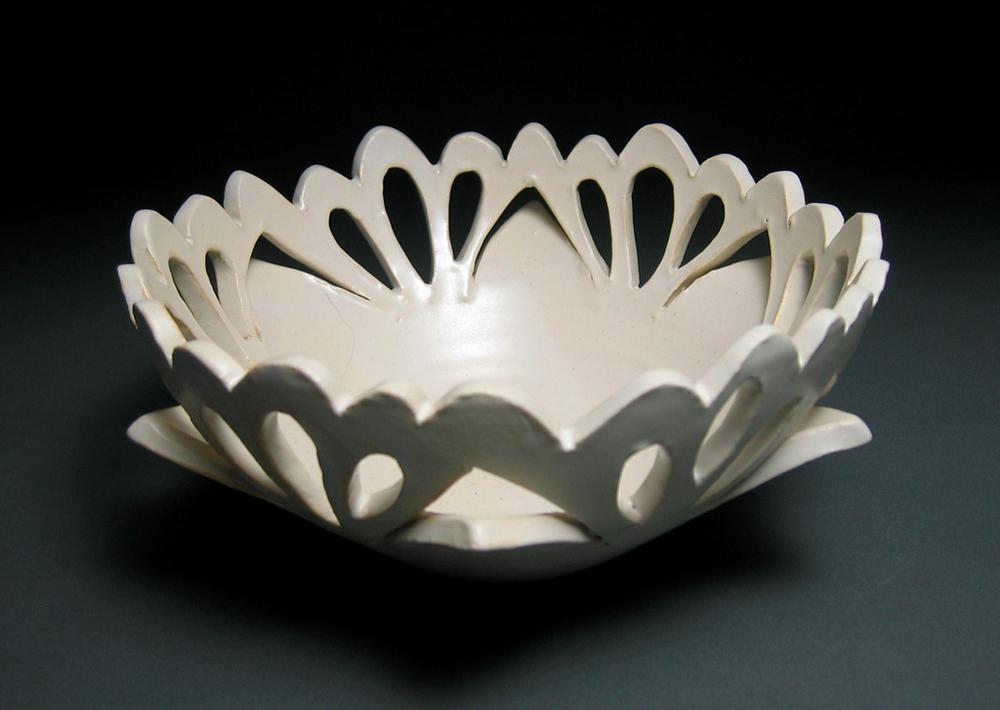 Perforated lotus bowl