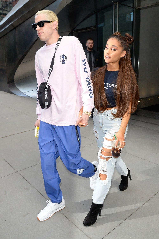 Ariana Grande & Pete Davidson