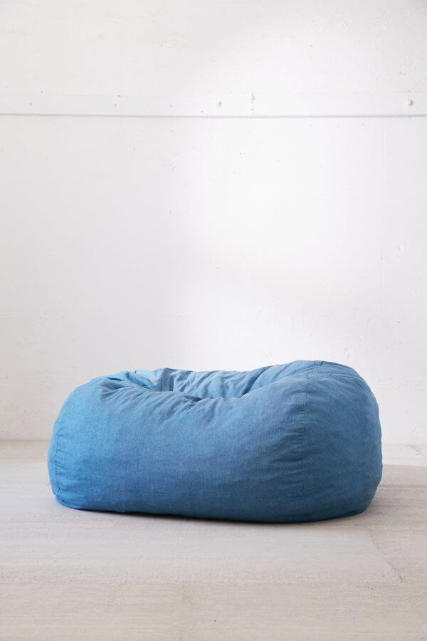 bean-bag-urban-outfitters-bedroom.jpeg