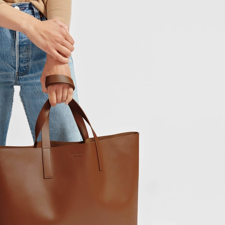 fb09b99b7cd3 The Everlane Day Market Tote - What To Know Before You Buy!