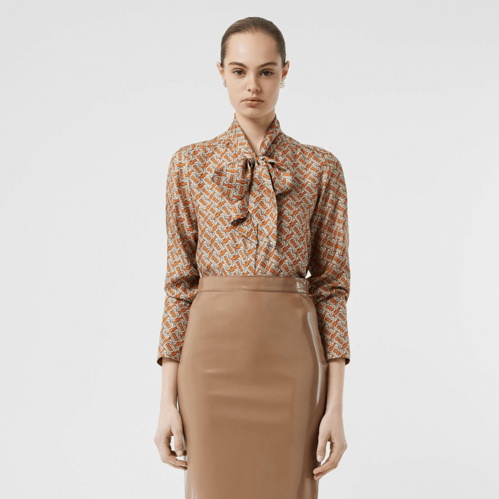 b4b7cb9c9adc8 These 17 Burberry Shirts Prove That Beauty Is In The Details