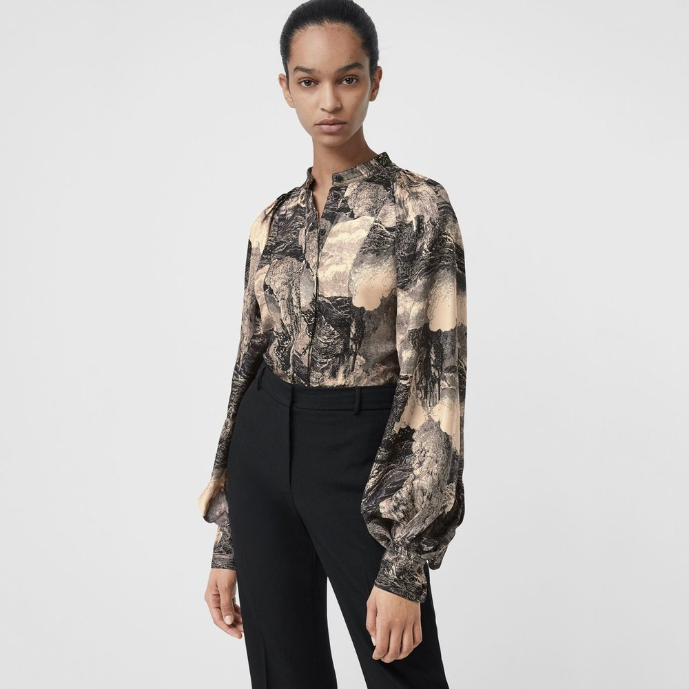 1e9a93bad3f75c These 17 Burberry Shirts Prove That Beauty Is In The Details