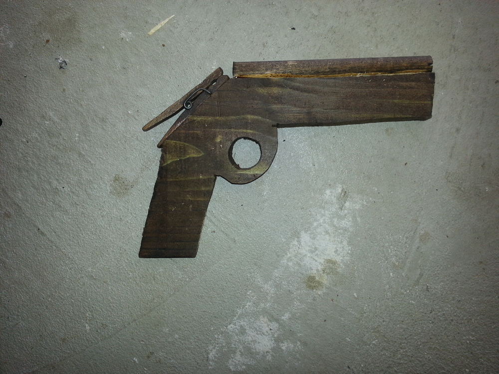 wood rubber band gun.jpg