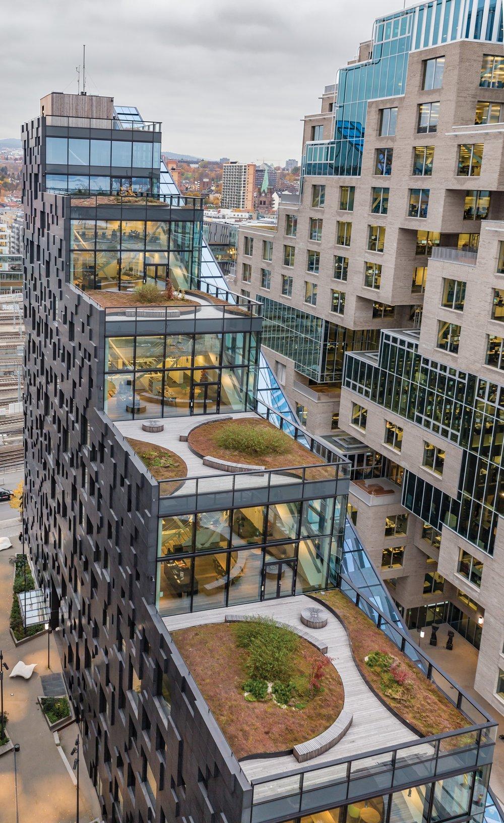 Taket er ofte byggets flotteste areal. Bruk det til urbane uterom! Foto: HK Foto