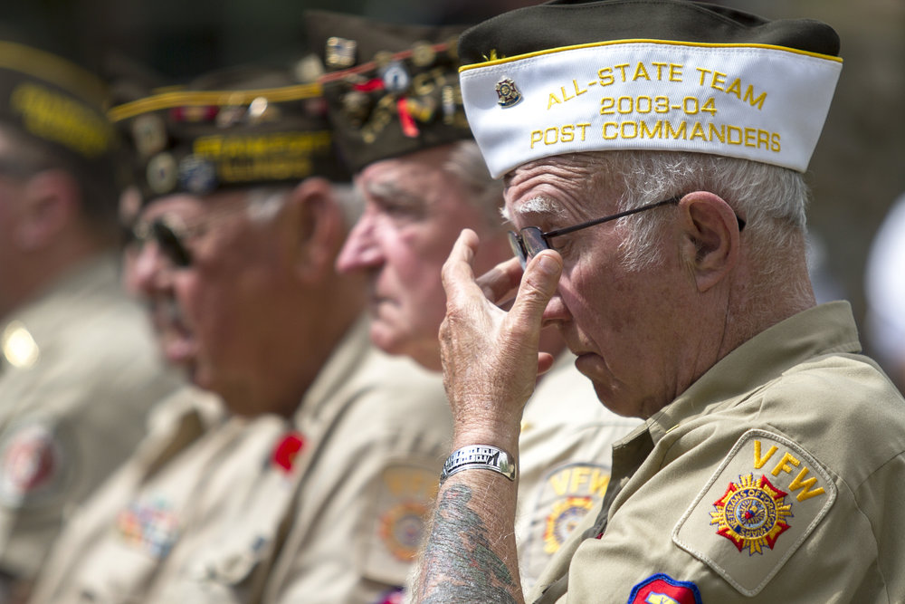 Ret. Marine Corps. member Marty Delismon remembers those that he served alongside during a Memorial Day Ceremony in Frankfort, IL