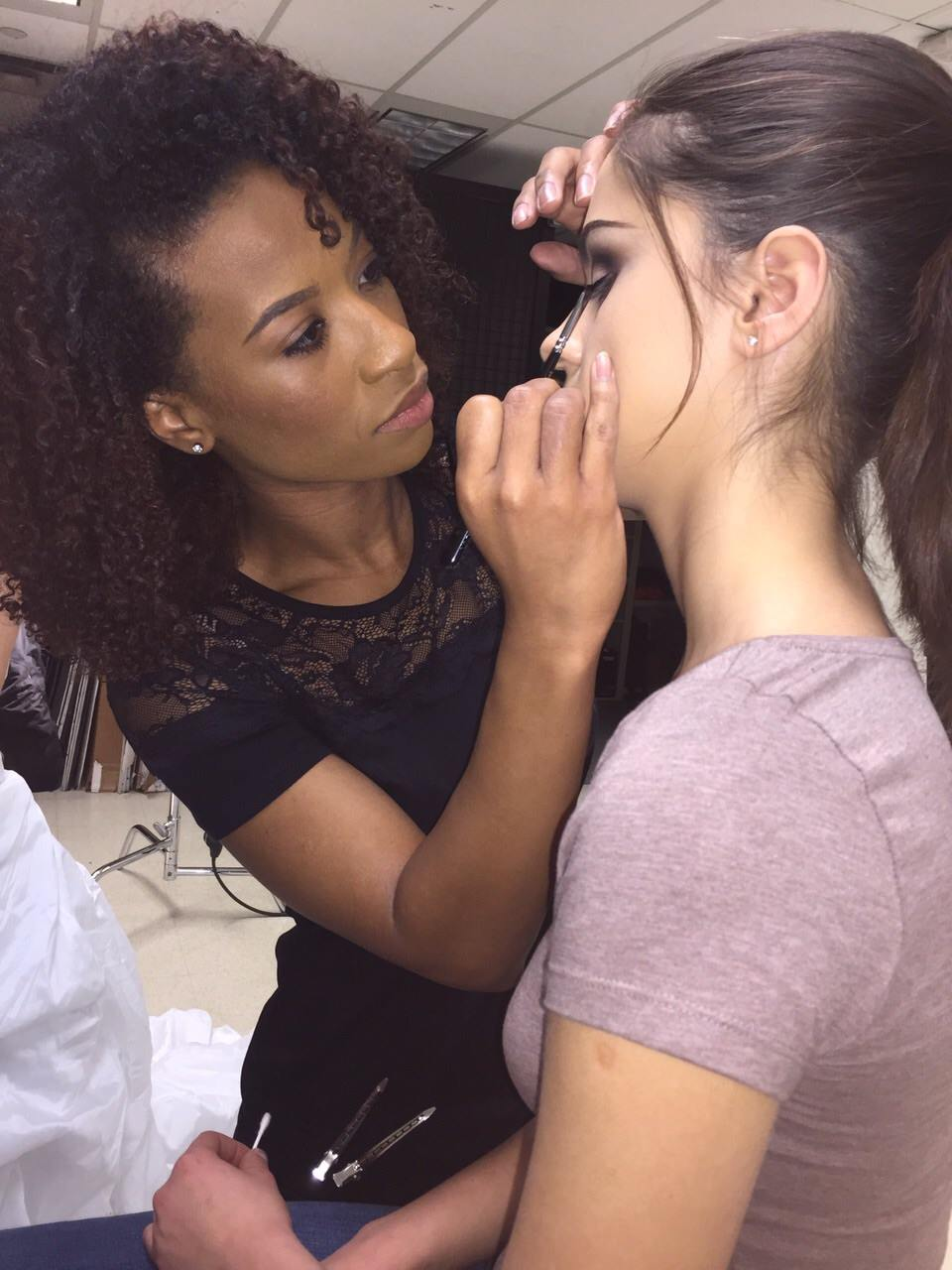 Cassandra - Makeup Artist & Hairstylist