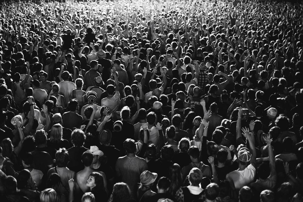 1_014_crowd_steh_v2.jpg