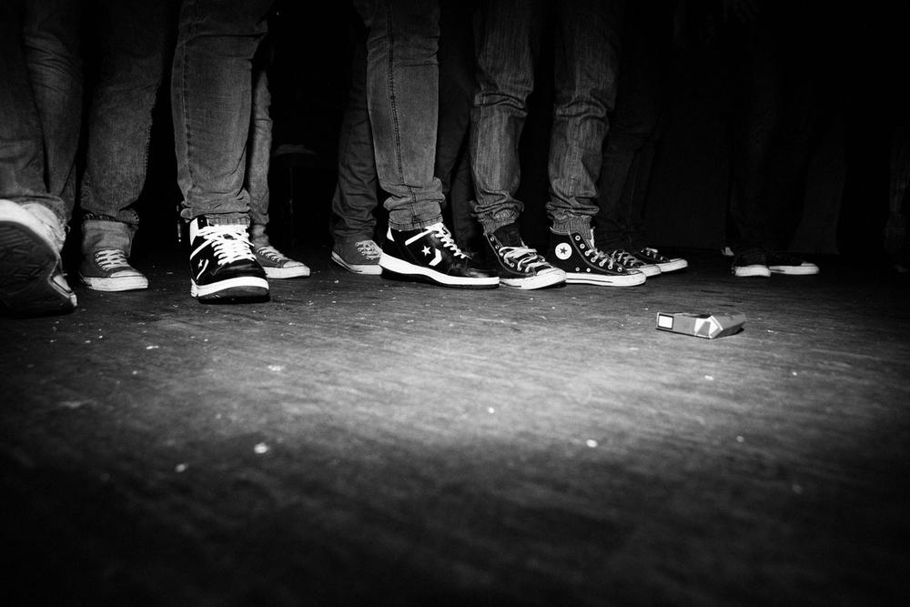 1_065_converse_shoes_steh_v2.jpg