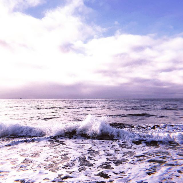 Winter waves in paradise. 🌊✨ #motherocean #santabarbara #hightide #dawnpatrol