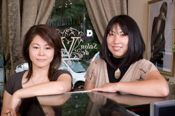 Salon de Voeu founders Maiko and Meg