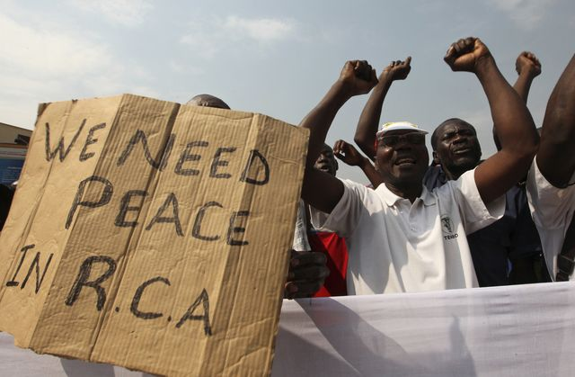 As CAR rebels and authorities negotiate, uncertainty for civilians- Bangui, January 5 - Photo courtesy of Reuters/Luc Gnago