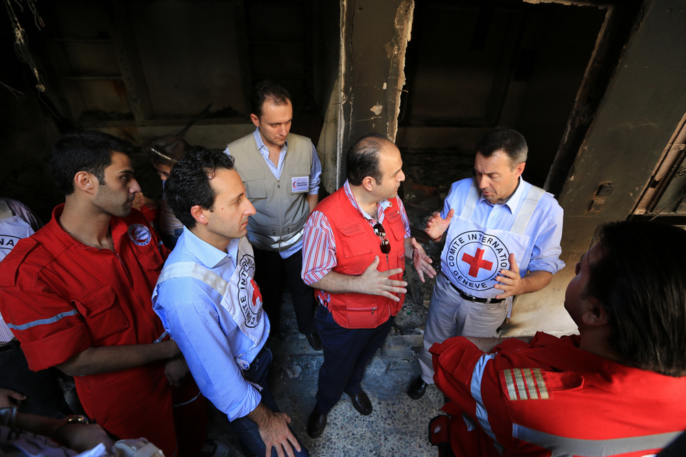 Commitments must translate into action - In Mu'adhamiya, near Damascus, September 4, 2012 - © ICRC /Ibrahim Malla