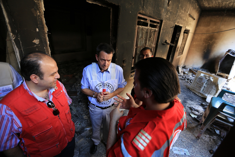 ICRC president Peter Maurer on his Damascus visit earlier this week - Mu'adhamiya, September 4, 2012 - © ICRC / Ibrahim Mall