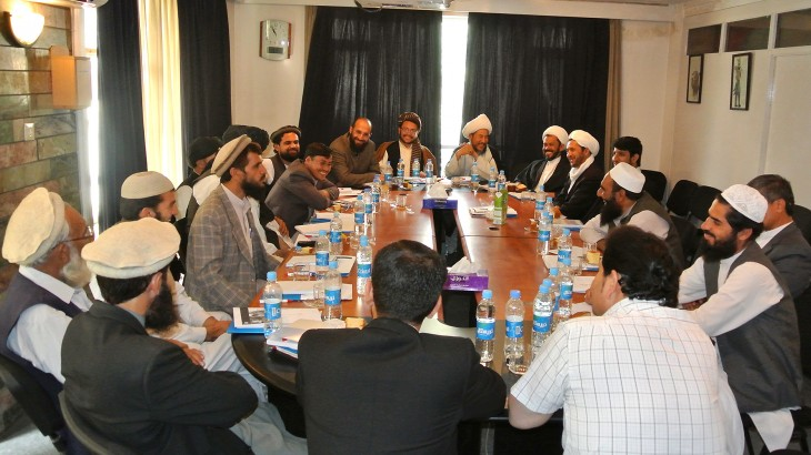 Kabul, Afghanistan, 2013. Round table discussion on Islam and international humanitarian law organized by the ICRC, involving Islamic religious leaders, scholars from madarassas, Islamic organizations and government ministries. / CC BY-NC-ND/ICRC