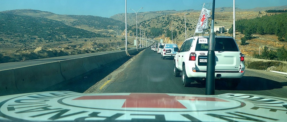 The convoy travels to the Lebanese border.