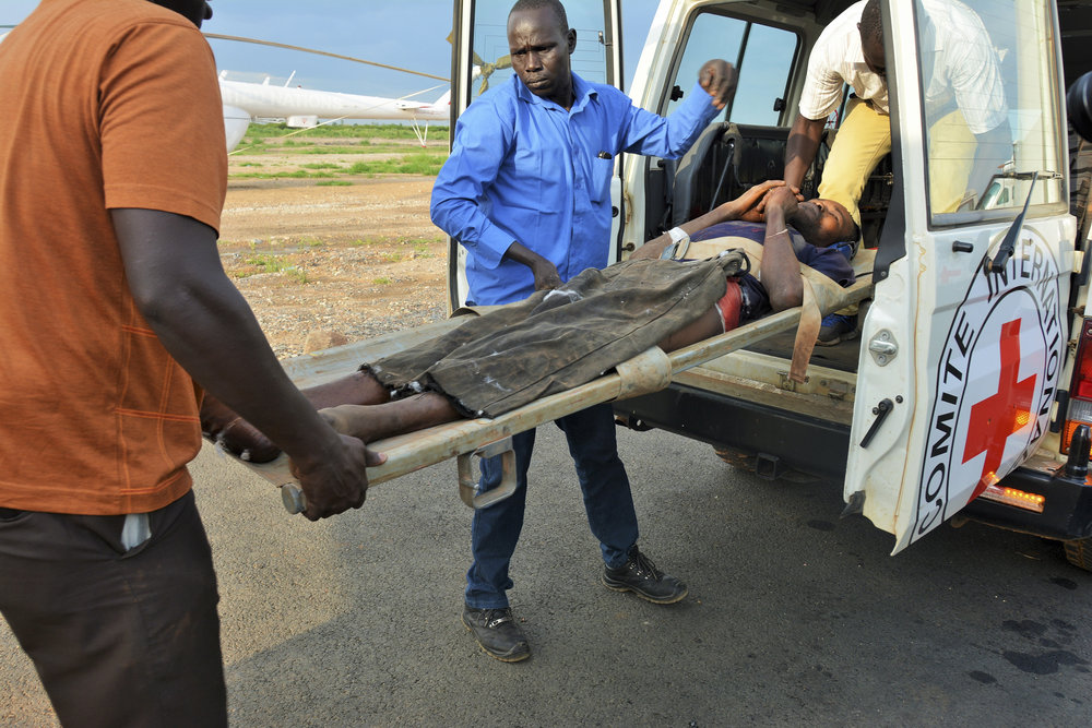 South Sudan. The ICRC evacuates severely wounded persons between Wau and Juba, South Sudan.