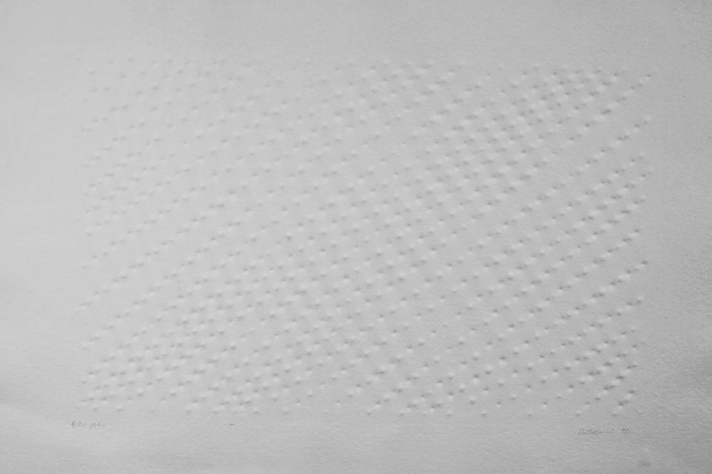 Enrico Castellani Estroflessione, 1992 Prägedruck auf Bütten 63 x 91 cm | 24 3/4 x 35 3/4 in Expl 4/20