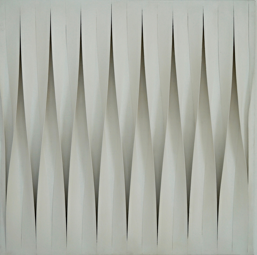 Pino Manos Spazio Estroflesso bianco, 1980 mixed media on canvas 120 x 120 cm | 47 1/4 x 47 1/4 in