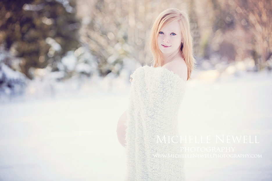 Winter Beauty Maternity Session by Michelle Newell Photography