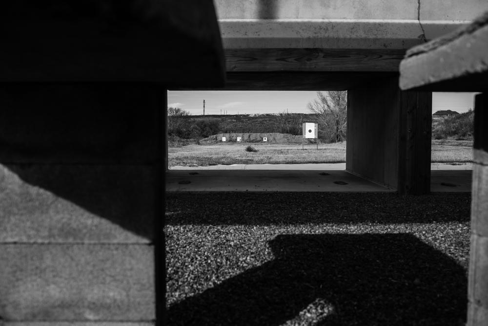 04 Jan 2016 - Amarillo, Texas - Zielscheiben auf dem Schiessstand im Amarillo Rifle & Pistol Club an der 7650 N Western St werden von Clubmitgliedern genutzt. Amarillo ist eine der konservativsten und republikanisten Städte der USA und stimmte mit einer überragenden Mehrheit gegen Obama in den Präsidentschaftswahlen 2012. Photo Credit: Cédric von Niederhäusern