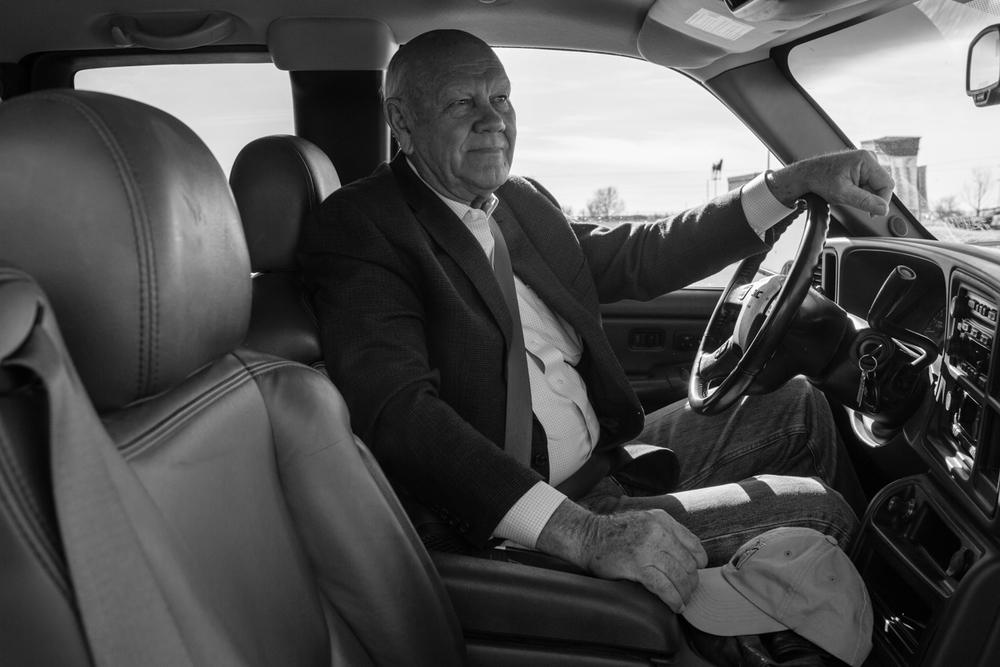 04 Jan 2016 - Amarillo, Texas - Terry Harman, Vorsitzender der republikanischen Partei in Randell County sitzt in seinem Pick-Up. Amarillo ist eine der konservativsten und republikanisten Städte der USA und stimmte mit einer überragenden Mehrheit gegen Obama in den Präsidentschaftswahlen 2012. Photo Credit: Cédric von Niederhäusern